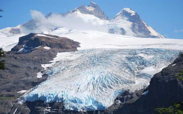Face au changement climatique, la disparition totale des glaciers annoncée : le point de non-retour franchi ?