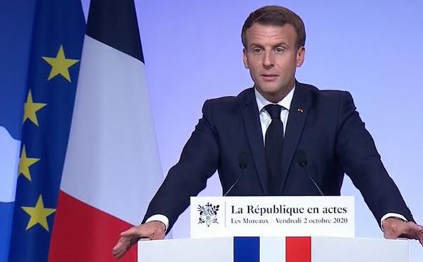 Face au « séparatisme islamiste », Macron pointe ouvertement la responsabilité de l'Etat