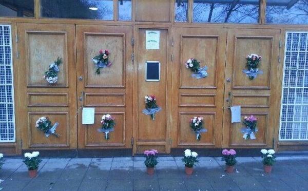 Suède : contre la haine, des bouquets de fleurs envoyés aux mosquées