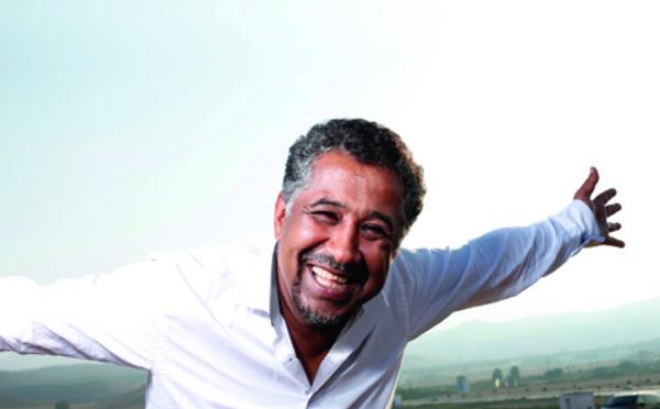 Khaled chante le soleil à Paris