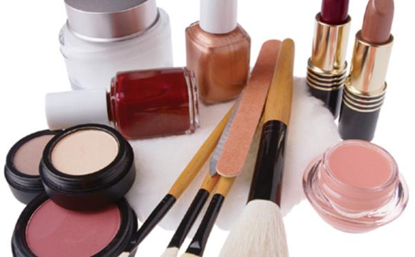 Que contient vraiment le maquillage ?