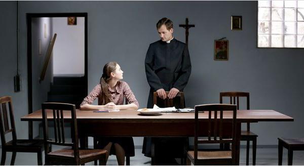 Chemin de croix : l'aliénation par la religion