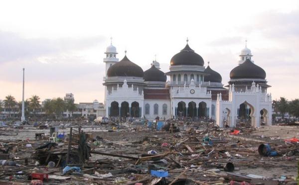 Tsunami : dix ans après, le souvenir des mosquées restées intactes reste vivant