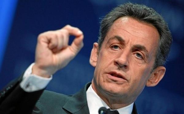 Les femmes voilées en France, Nicolas Sarkozy dit oui en 2009, non en 2015
