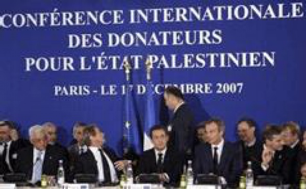 Conférence à Paris: la France fournira 300 millions de dollars