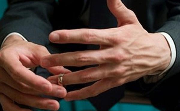 Nassira : « Il m'a trompée, comment sauver mon mariage ? »