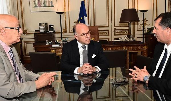 Auprès du CFCM, Bernard Cazeneuve nie vouloir instaurer un concordat pour l'islam