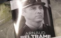 A Montfermeil, la plaque hommage à Arnaud Beltrame « victime du terrorisme islamiste » critiquée