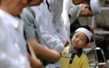 La Chine poursuit une série de mesures de contrôle et de répression envers les Ouïgours. Dernière en date : un certain nombre de prénoms musulmans sont désormais interdits à l'état civil. (photo : news.cn)