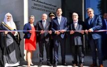 Le ministre de l'Intérieur Christophe Castaner s'est rendu à l'inauguration de l'Institut français de la civilisation musulmane (IFCM), dirigé par le recteur de la Grande Mosquée de Lyon (à sa gauche). © Ministère de l'Intérieur