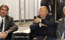 L'Union des organisations islamiques de France (UOIF), présidée par Amar Lasfar (à dr.), a martelé sa volonté de revenir dans le giron du CFCM, présidée un temps par Dalil Boubakeur et actuellement par Anouar Kbibech (à g.), ici lors de la 33e édition du Salon du Bourget.